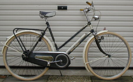"Batavus ""Flying